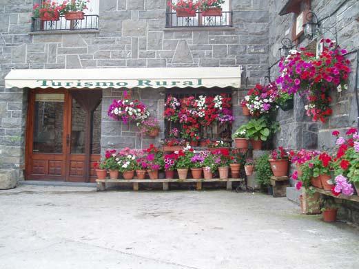 Casa herrero turismo rural en oto ordesa - Casa rural los herrero ...